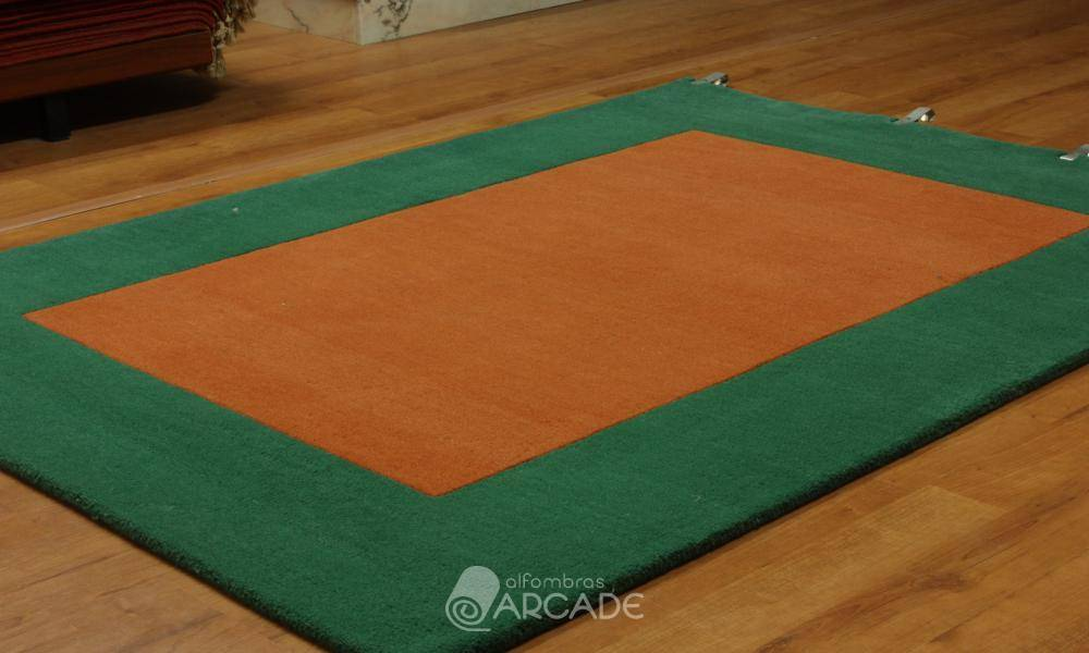 Alfombras arcade alfombra outlet 127 tama o 130 x 180 for Alfombras orientales outlet